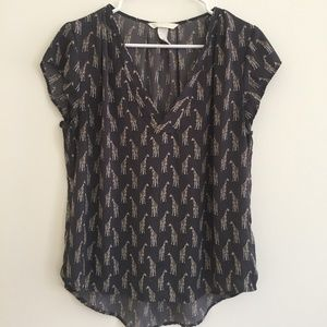 H&M CONSCIOUS Giraffe Print Short Sleeved Top